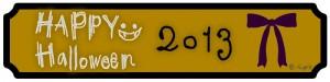 Happy Halloween 2013の手描き文字とリボンの黄色と黒のフレームのフリー素材