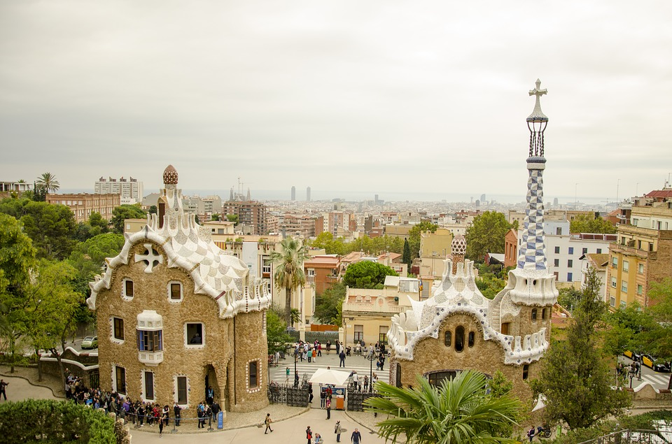 Tourist Traps in Europe - Barcelona