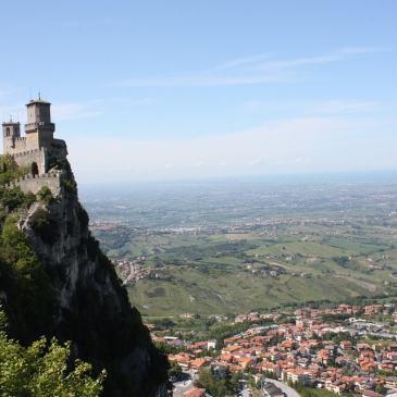 San Marino Holidays – how to do day trip from Rimini, Italy