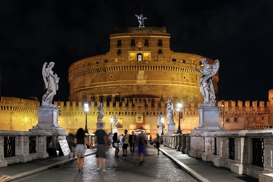 Things to do in Rome at night angelo #rome #night #italy #angelo