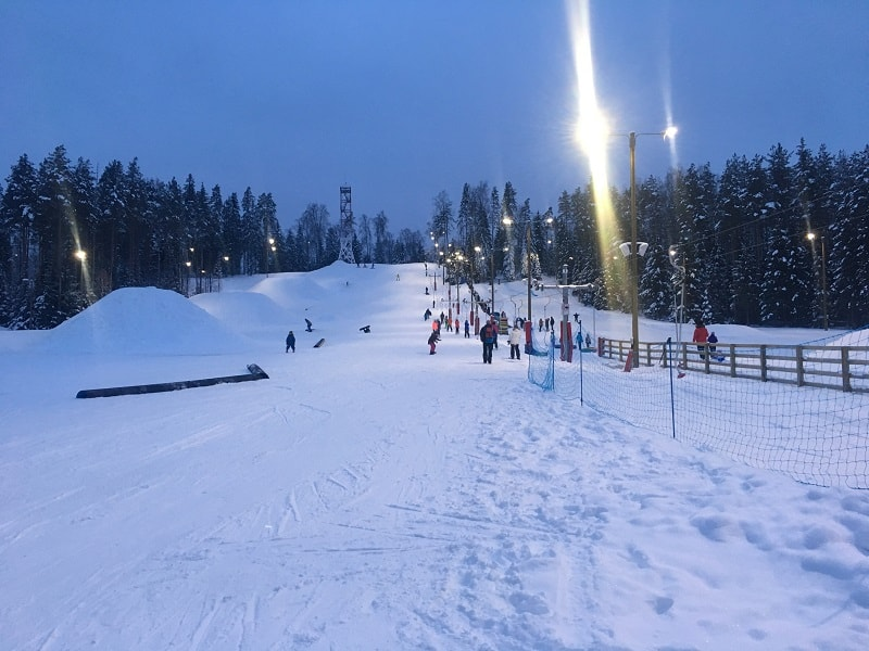 Skiing and snowboarding in Estonia