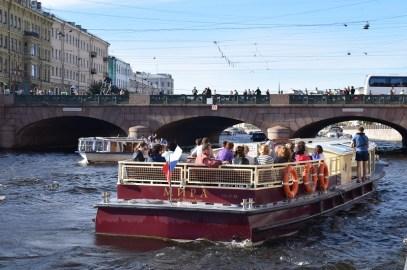 Drawbridges and canals Midnight cruise