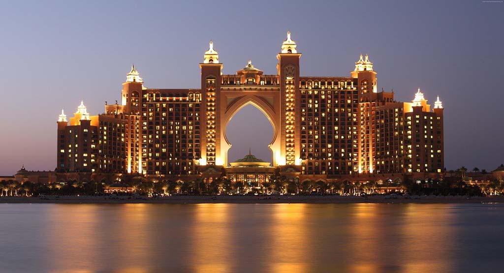 7 Must-Visit Places When In Dubai Atlantis Hotel