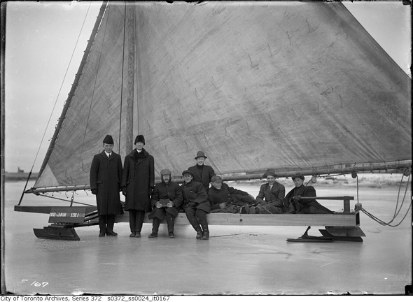 Ice boat 1911