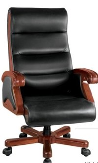 revolving chair in surat heavy duty shower ceo chairs executive swivel