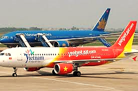 Vietjet Air becomes Vietnam's first airline suspending flights to ...