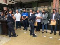 ATESTIGUA KARLA RUIZ MACFARLAND ENTREGA DE BICICLETAS Y CAMISAS A POLICÍA TURÍSTICA..3
