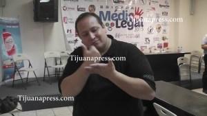 invitan con señas a jornada medico legal