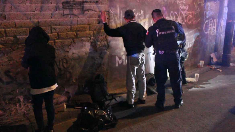 Operativos en busca de drogas en Tijuana. Crédito: Leonardo Ortiz.