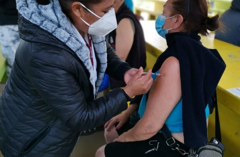 Chile ya vacunó completamente a 18% de su población; México no llega ni al 1%