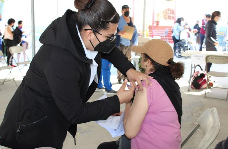 Reanudan vacunación.Siguen los de 50 y más