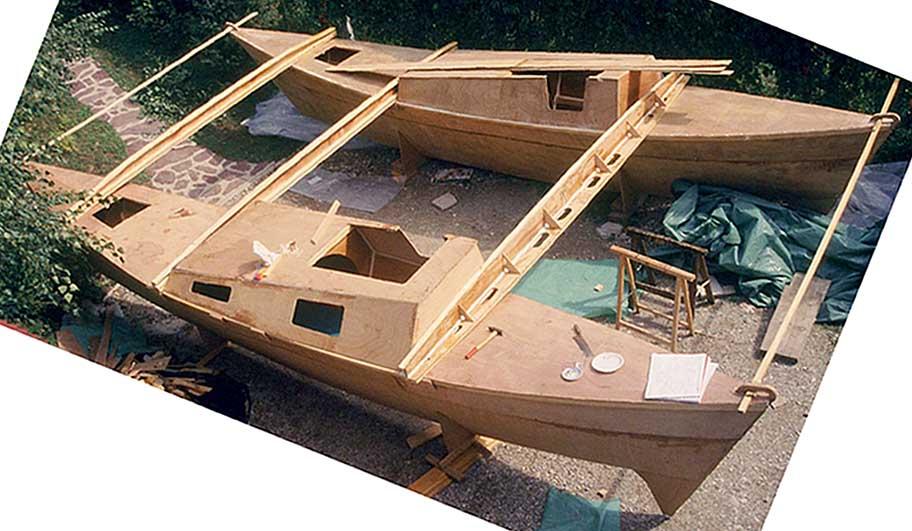tiki 26 catamarano wharram