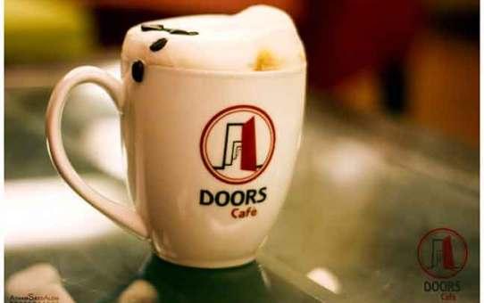 Doors Cafe  دمشق