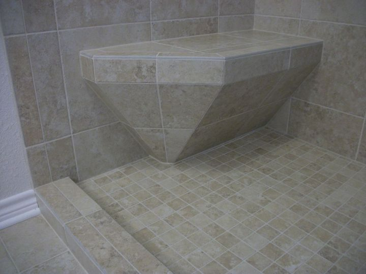 Tile Shower with Accent Diamond  N Koehn Tile  El Campo TX