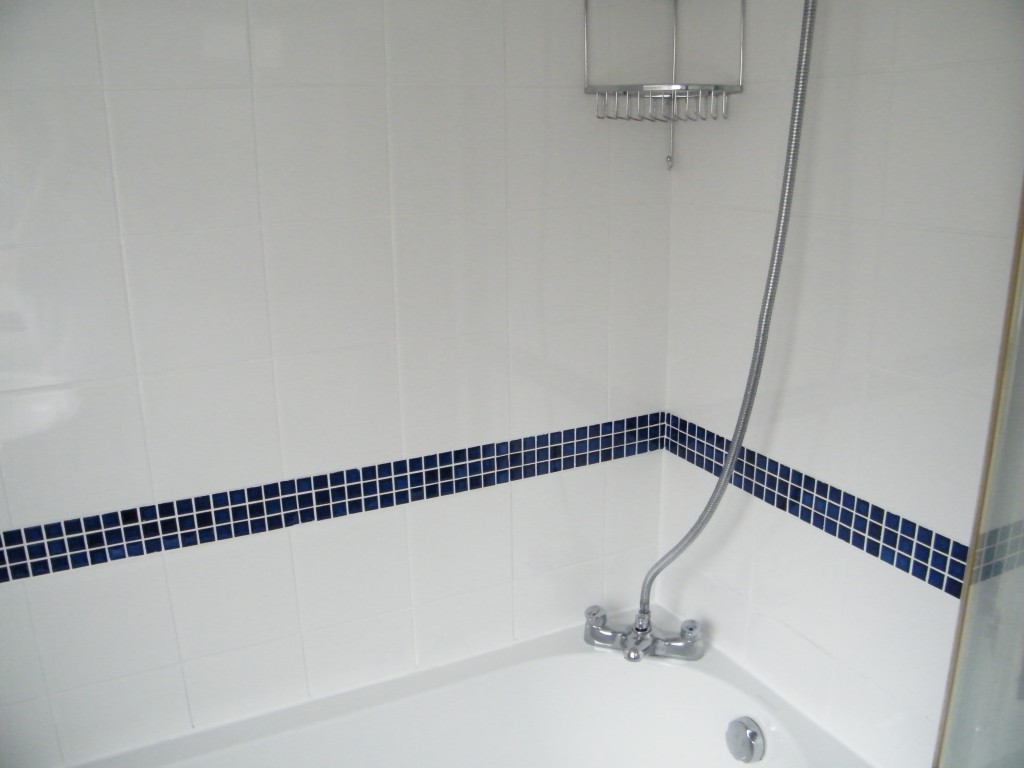 Ceramic Tiled Bathroom Shower Clean And Grout Recoloured In - Clean and reseal grout