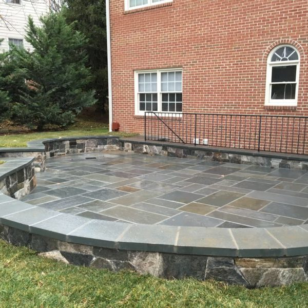 flagstone patio and seating wall