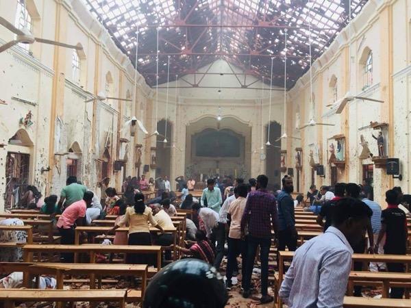スリランカ爆発教会2.jpg