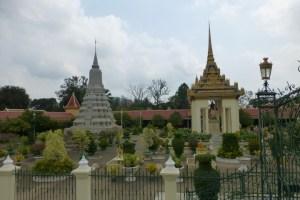 Wider view at the Royal Palace