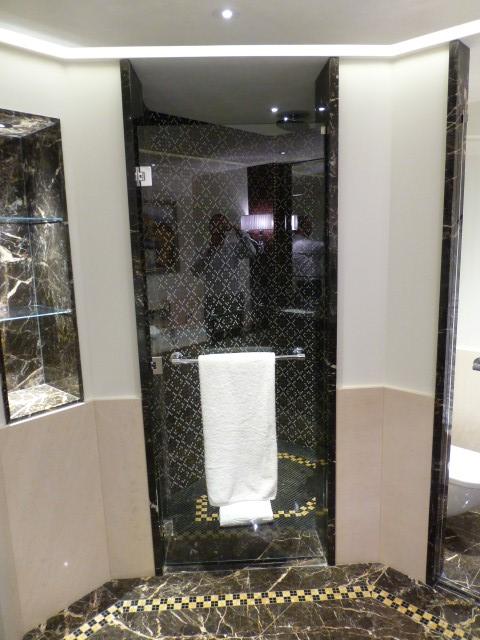 Prince de Gaulles Macassar Suite - Shower
