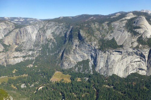 A view of Yosemite Valley from the top of the Panorama Trail