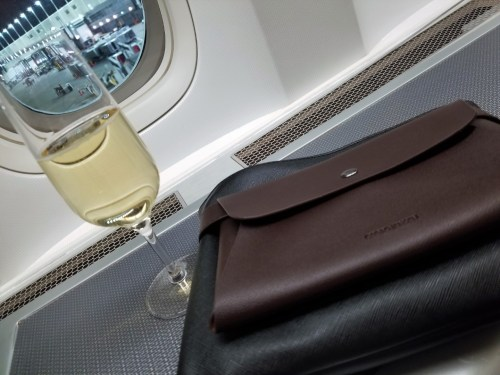 Amenity Kit + Champagne + Airport = Happy Tim