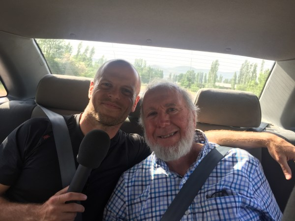 Cool Tools for Travel – Tim Ferriss and Kevin Kelly (#247)