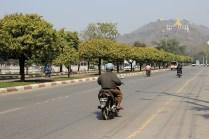 Road 66 gen Mandalay Hill