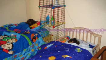 boys-share-room