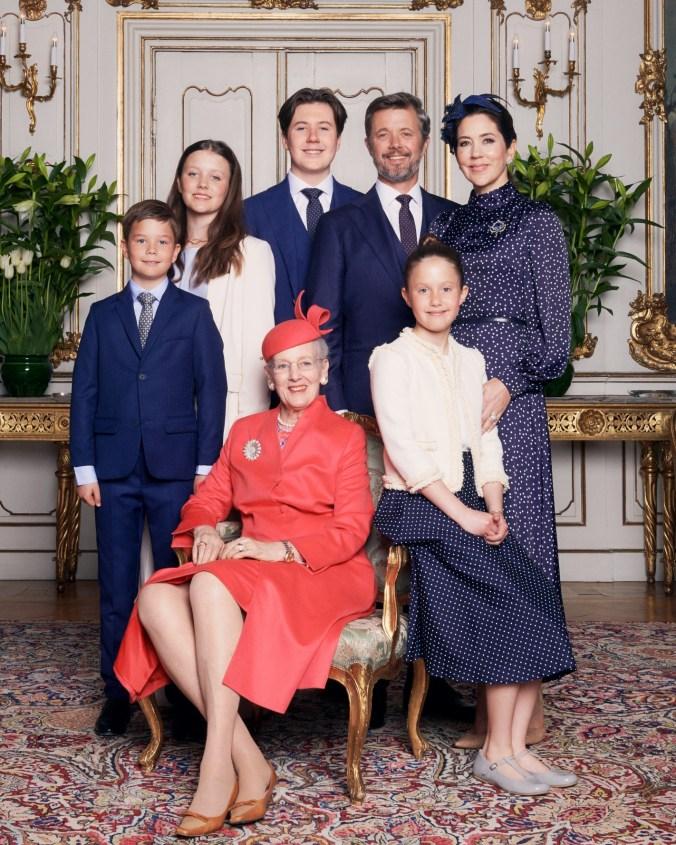 Kuningatar Margareeta ja kruununprinssiperhe