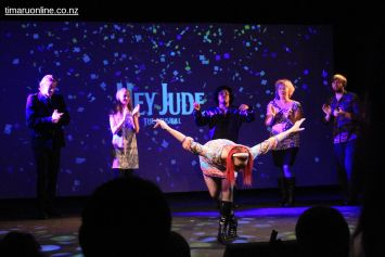 hey-jude-the-musical-0064