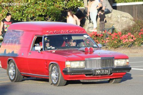 Rock n Hop Car Parade 00307