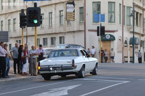 Rock n Hop Car Parade 00534