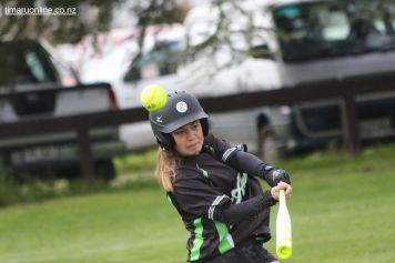 Womens Softball 0011