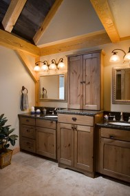 SummitView Southern Yellow Pine Timber Frame Bathroom in Breckenridge CO