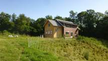 Energy Efficient Timber Frame Farmhouse Built With Farmers