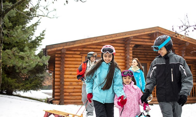 Outdoor Activities to Try This Winter
