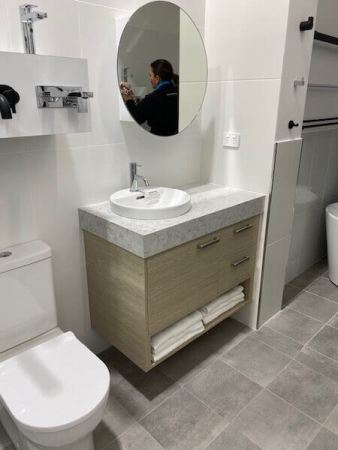 Hotondo Homes Bathroom and Vanity Display fitted by Timbertown Kitchens Wauchope