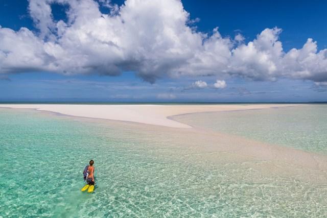 manta-resort-sandbank-snorkelling-pemba-island-tanzania