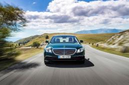 Mercedes Benz E Class Exclusive (2)
