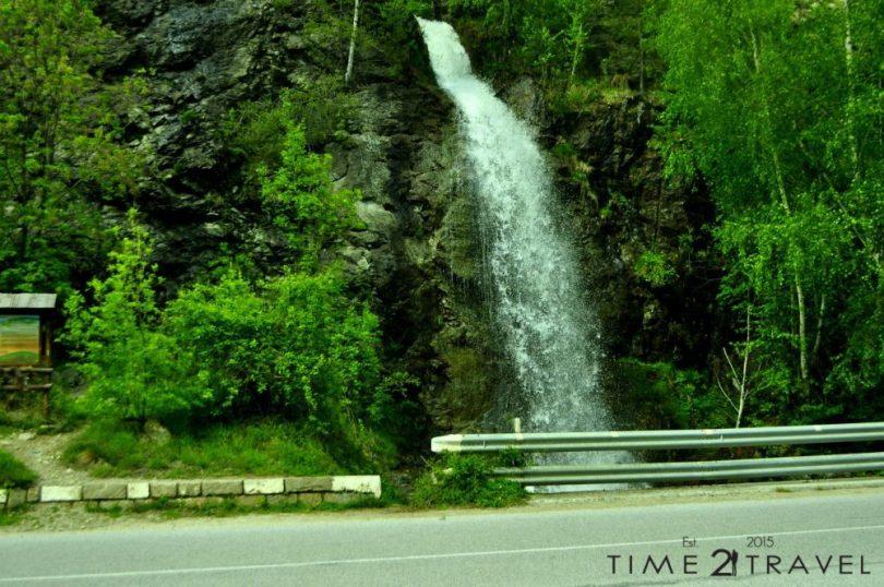 Антоновски водопад