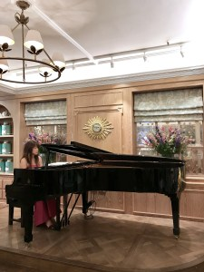 Fortnum and Mason, Piano, live entertainment, afternoon tea