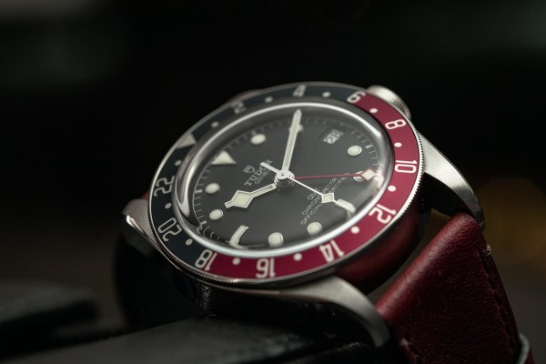 HANDS-ON: The Tudor Black Bay GMT - Pepsi is the new Black ...