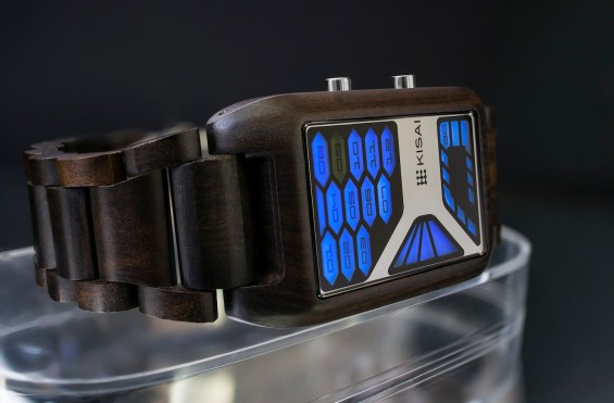 kisai_console_wood_led_watch_from_tokyoflash_japan_02