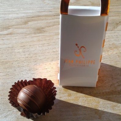 Jean Philippe Bon-Bon with packaging