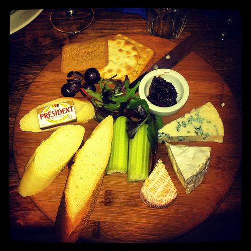 Saint Albray, Roquefort and Camembert Artisan