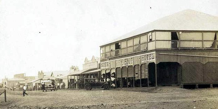 The Argent Hotel, Mt Isa 1937, one of two pubs trading in the town during the depression years.