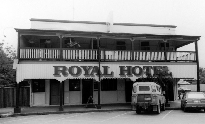 Royal Hotel Mossman 1996