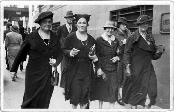 Mabel,Hilda,Jessie_1930s