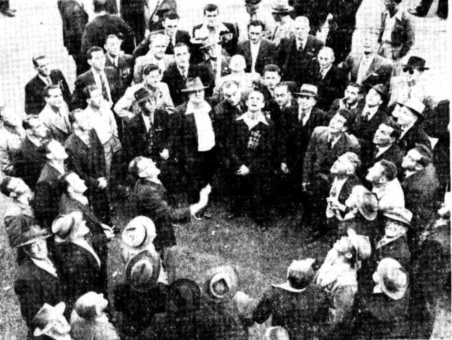 two up 1952 Sydney ANZAC Day