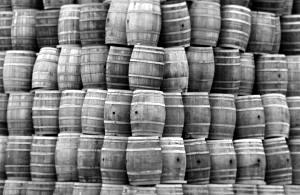 beer-barrells black white